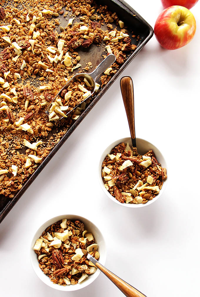 Apple Spiced Granola. Super easy snack or breakfast! Made with super crunchy quinoa. Vegan and Glutenfree!