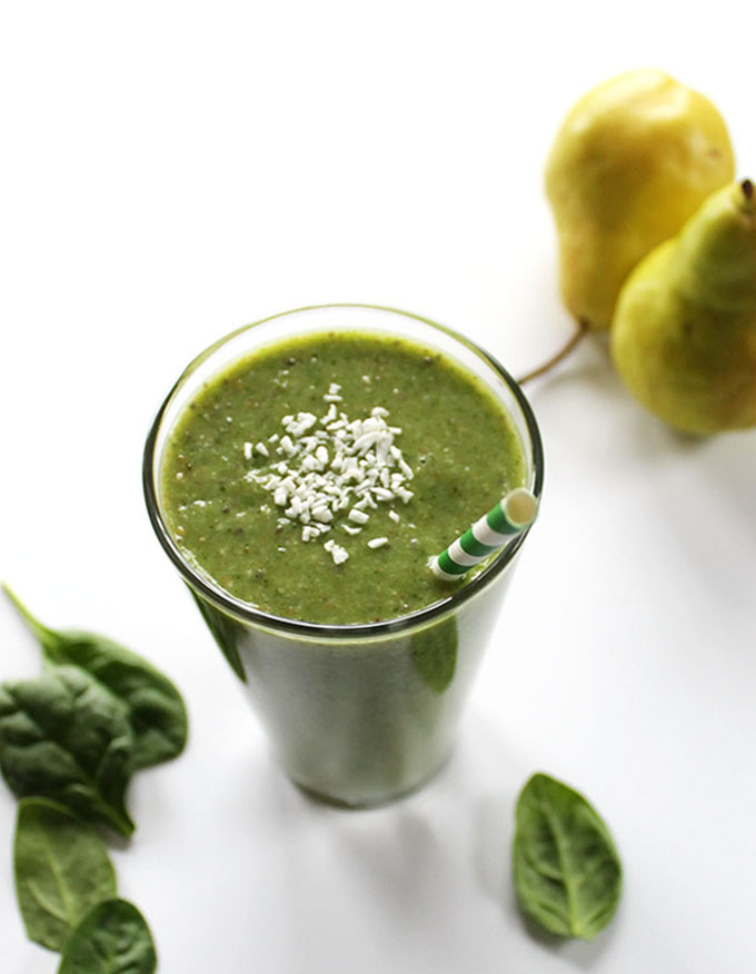 Pear Coconut Green Smoothie