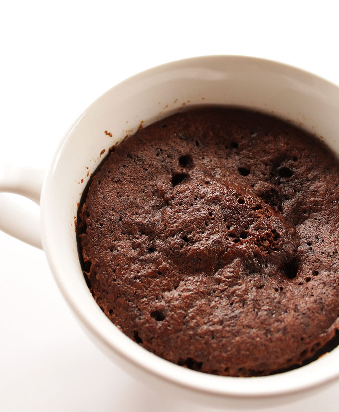 Peanut Butter and Jelly Chocolate Mug Cake - A single serving of cake that's made in the microwave. Chocolate cake with a peanut butter and jelly center. SO YUM! Gluten Free! | robustrecipes.com
