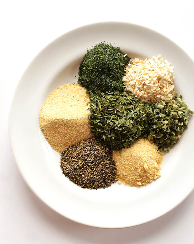 DIY Ranch spice mix - easy to make yourself! | robustrecipes.com
