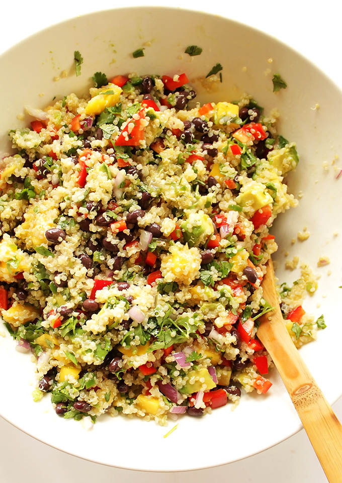 Mango Black Bean Quinoa Salad - A refreshing salad perfect for summer. Great as an entree or side salad. EASY recipe to make! Vegan/gluten free.