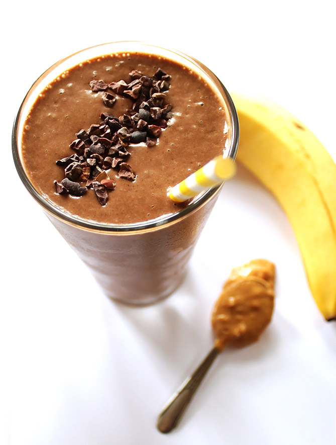 Chocolate Peanut Butter Banana Smoothie - a healthy smoothie that tastes like a milk shake. It's thick and creamy, easy to make, only 6 ingredients. We love this recipe post workout! Vegan/Gluten Free