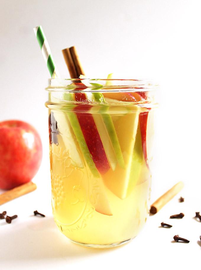 Fall White Wine Apple Sangria