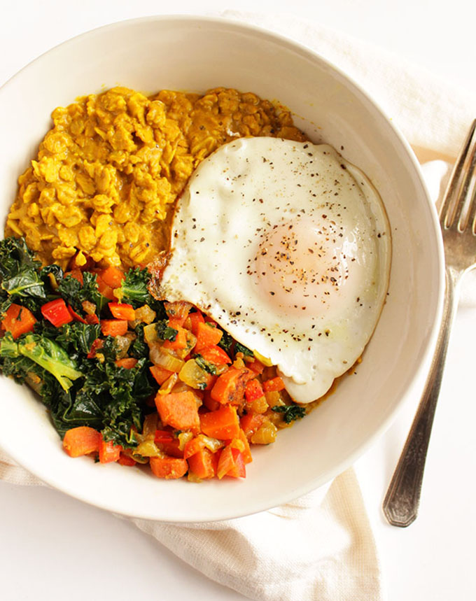 Savory Curried Oatmeal with Veggies and Fried Egg