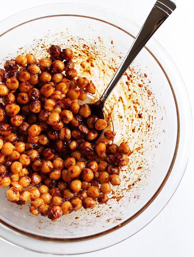Crispy Chickpeas for Slow Cooker Butternut Squash Soup | robustrecipes.com