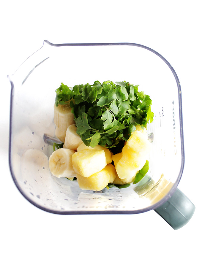 Super Green Pineapple Lime cilantro Smoothie - Vegan/Gluten Free | robustrecipes.com