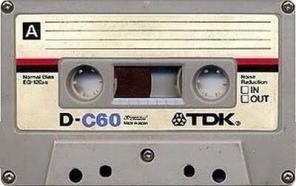 anni-80-gli-indimenticabili-oggetti-musica-e-comportamenti-di-una-generazione3