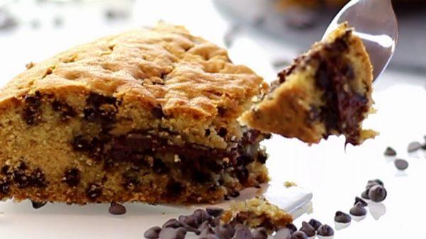 Torta cookie con cuore di Nutella