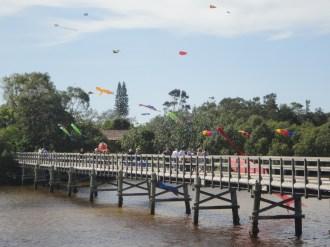 Footbridge and kites