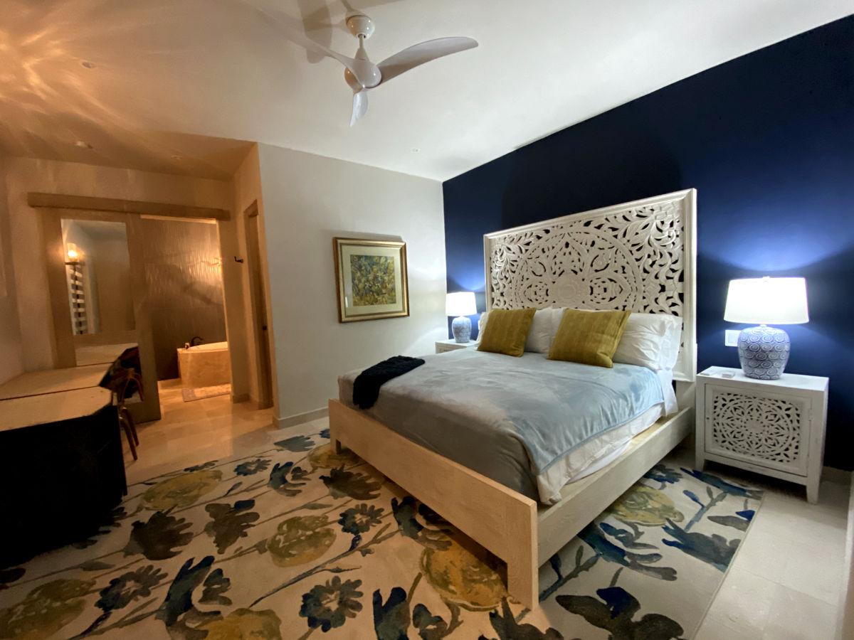 Plumeria Suite Bed