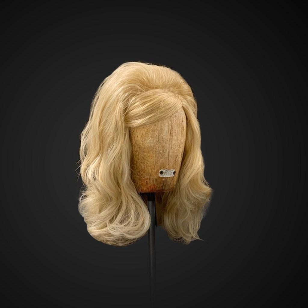 Parrucca capelli lunghi cotonati