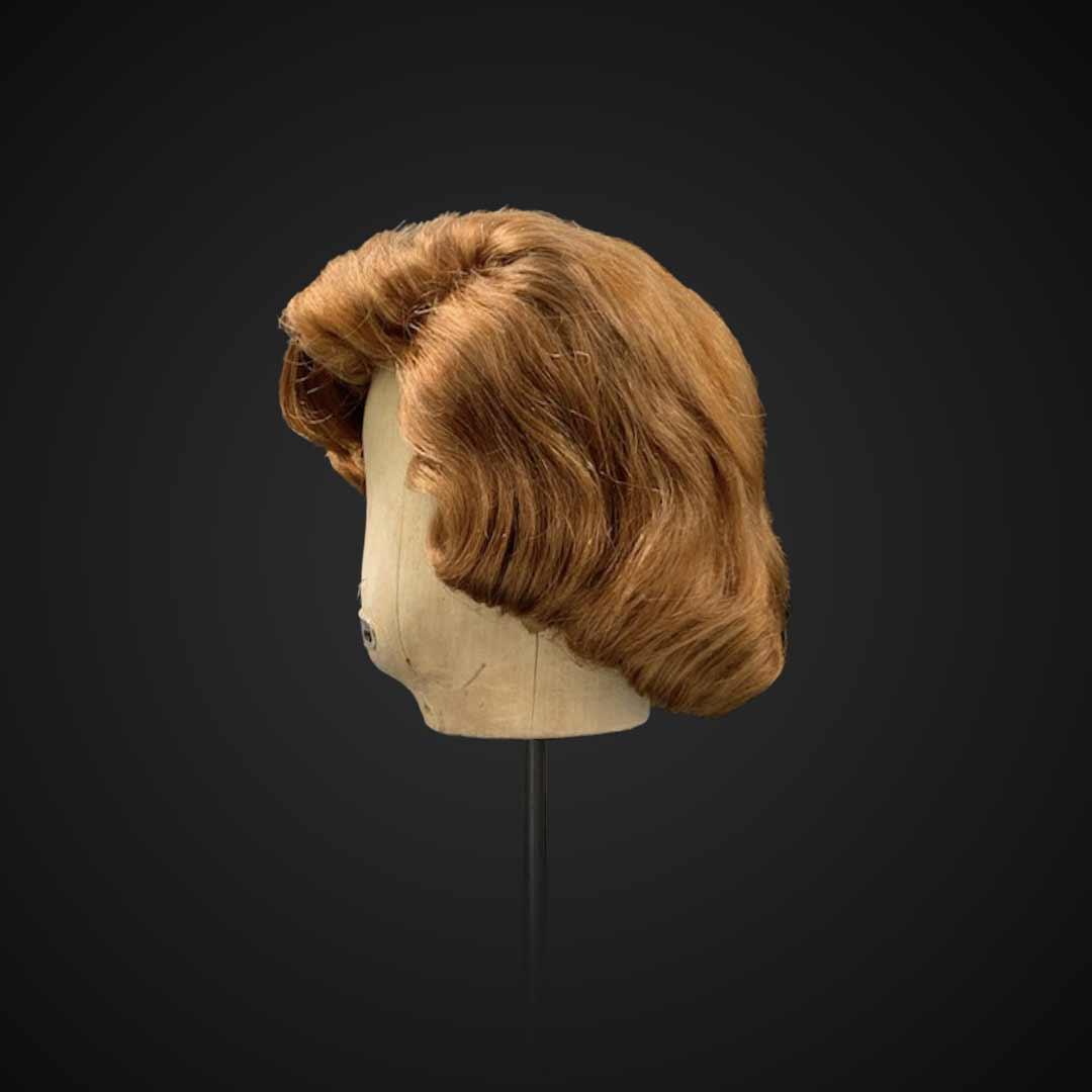 Parrucca castana stile Lauren Bacall