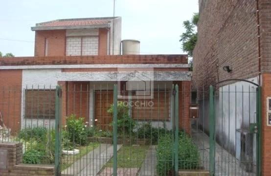 Casa 3 ambientes tipo ph