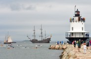 El Galeón and Spring Point Light.