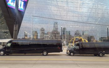 Buses at Target Field_Charters & Tours