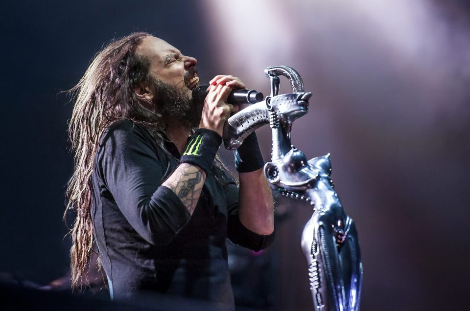 Jonathan Davis of Korn headlining Day 1 of the inaugural Louder Than Life 2014 music festival.