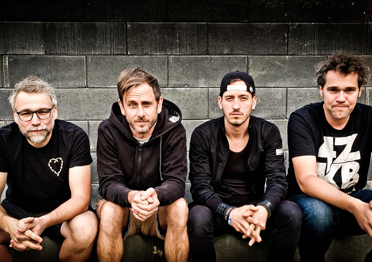 4ZKB - Band