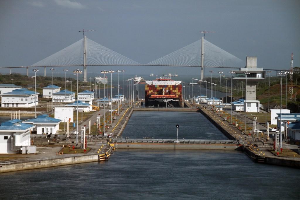 Cargo ship passing through the Panama Canal
