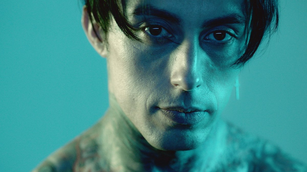 "FALLING IN REVERSE RELEASE CINEMATIC VIDEO FOR ""LOSING MY MIND"""