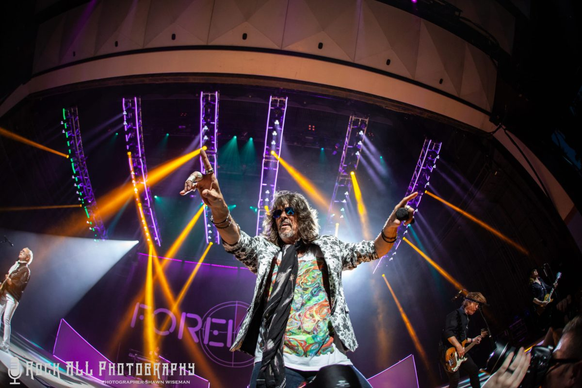 Foreigner, Whitesnake, and Jason Bonham's Led Zeppelin Evening invade Riverbend Music Center!
