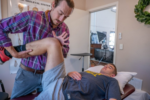 rock-and-armor-physical-therapy-boise-jerrod-ackerman-clinic-managerC394D40E-8162-1EE8-3153-261BC805045D.jpg