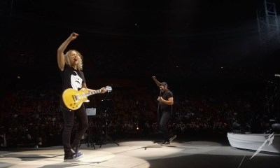 Robert Trujillo and Kirk Hammett playing AbbaRobert Trujillo and Kirk Hammett playing Abba