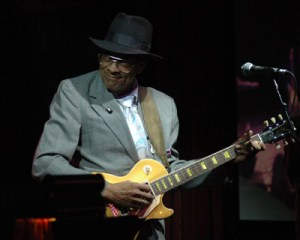 Bluesman Hubert Sumlin