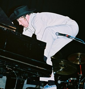Freddie Fingers LEE