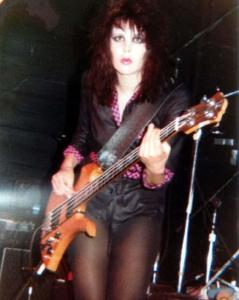 laurie mcallister, bass with the runaways