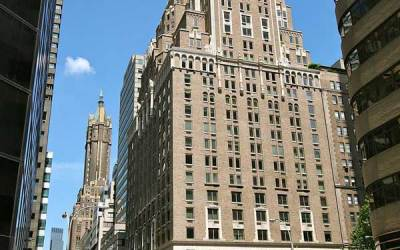 Delmonico Hotel – The Beatles first met Bob Dylan here