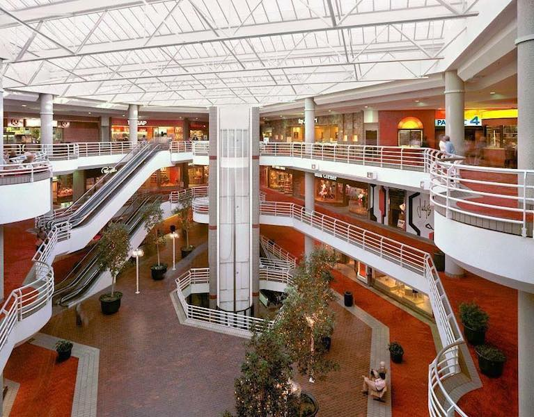 Sherman Oaks Galleria Interior