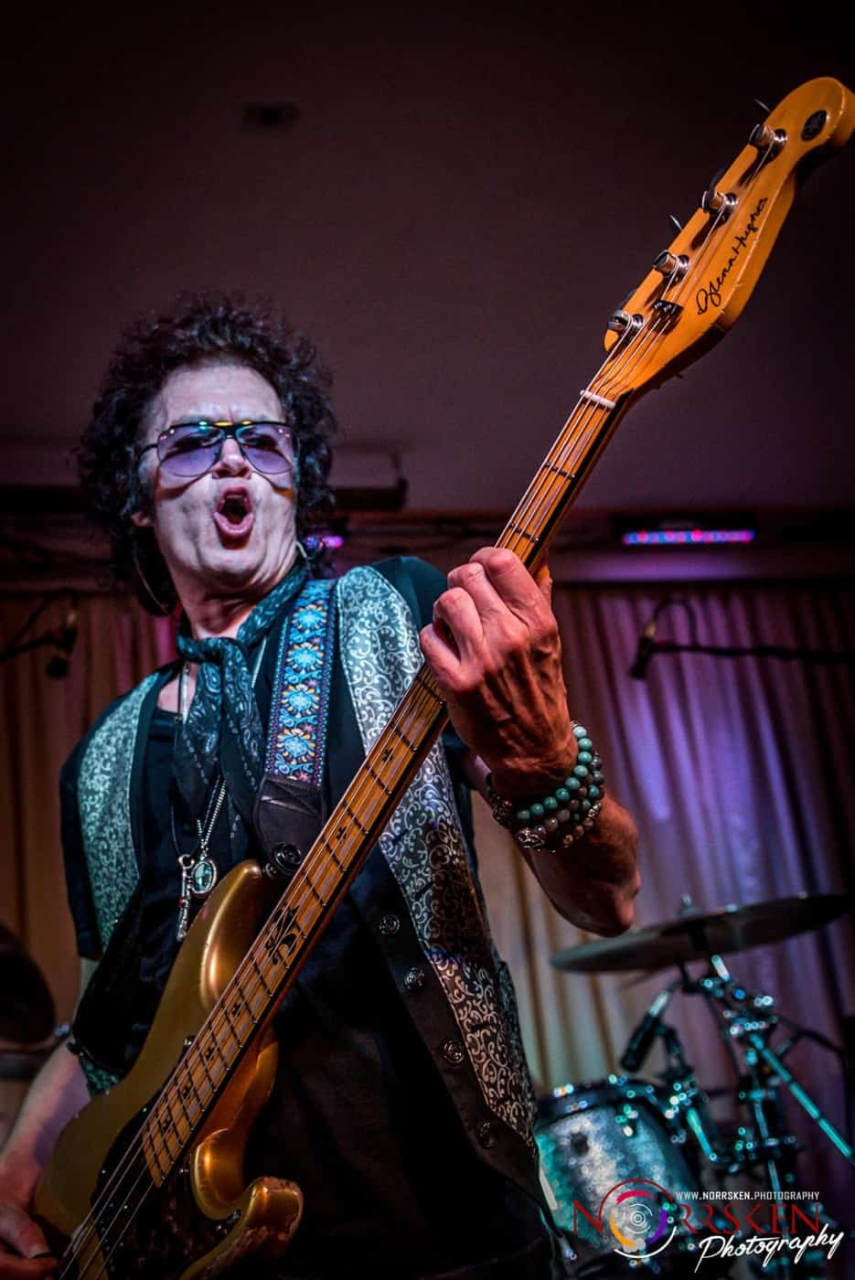 A view from the first row: Glenn Hughes proves why he's ...