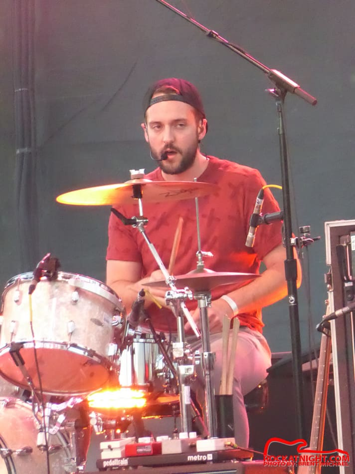 0014 Young the Giant – Busch Gardens 3-18-2017_950