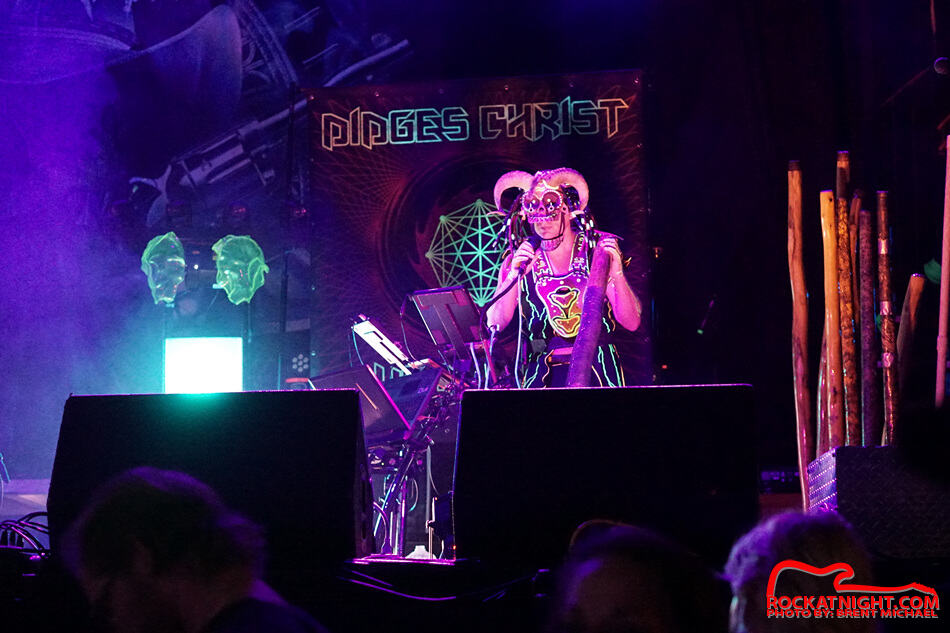 sm-Didges Christ SuperDrum – 0226 2-3-2018 Jannus Live