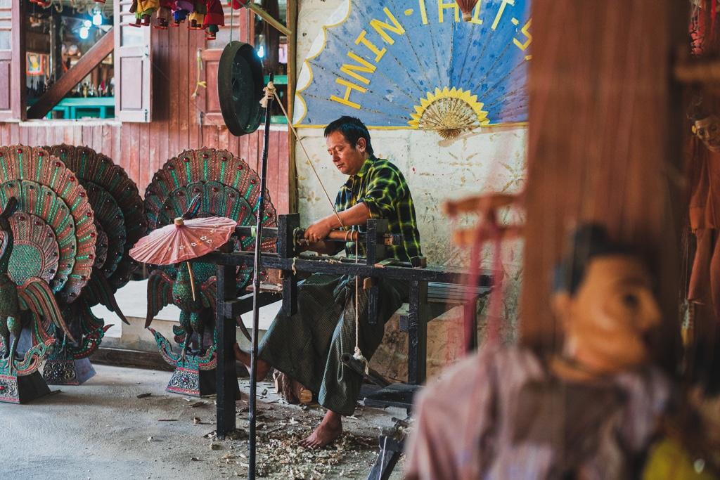 Le faiseur d'ombrelles, Myanmar