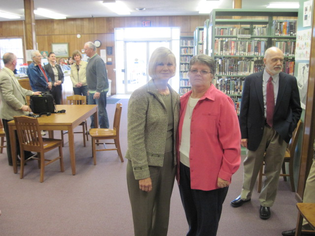 Kentucky's First Lady Jane Beshear Visits our Library