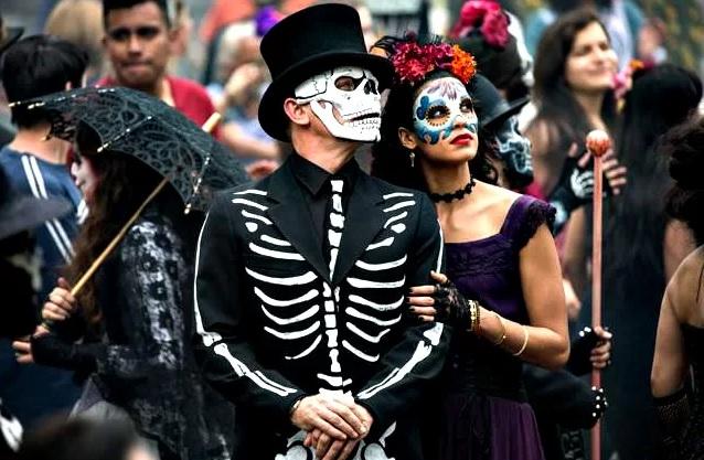 Amazing halloween costume 1