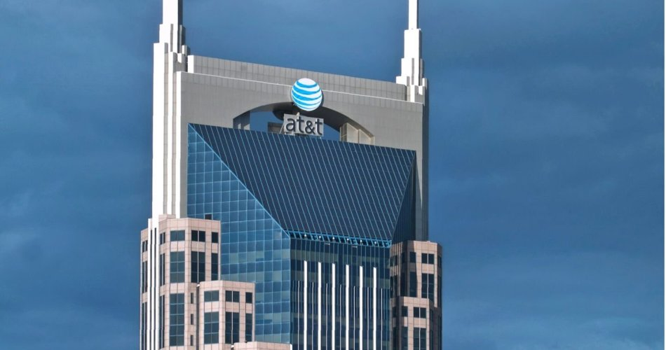 why-at&t-is-handling-a-billion-dollar-mistake