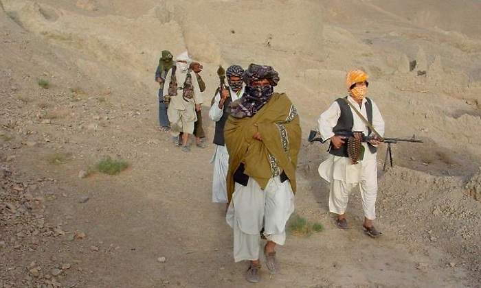 the-economic-consequences-of-the-taliban-dominating-afghanistan:-more-poverty,-refugees-and-illegal-activities