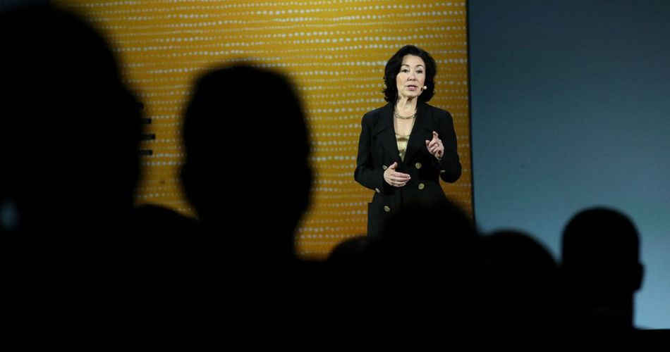 safra-catz,-the-immigrant-boss-who-supports-donald-trump