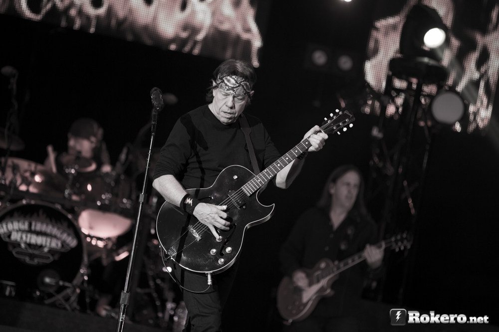 George Thorogood black and white