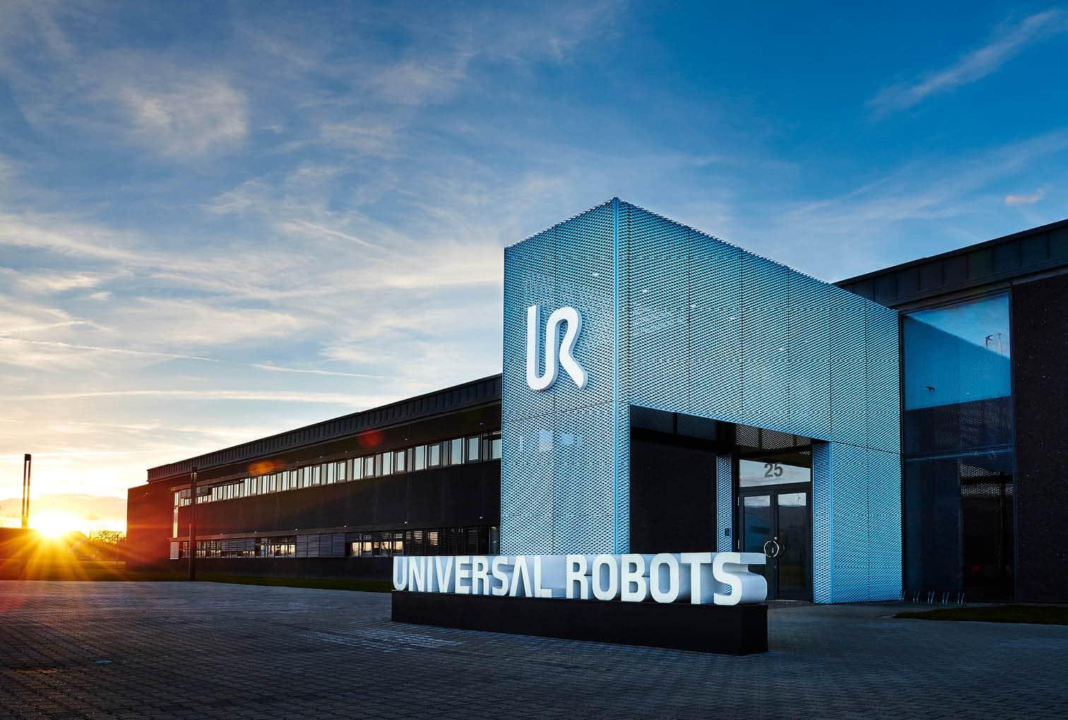 Universal Robots Palletizing, UR CAP, Cobots, Collaborative Robots, OPC UA Universal Robots, Pally palletizing, cobot software, Palletizing software, Software Industry 4.0, Rocketfarm Software, Automation software, UR Cap developer