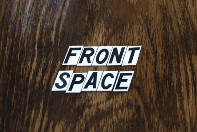 Frontspaceonwood