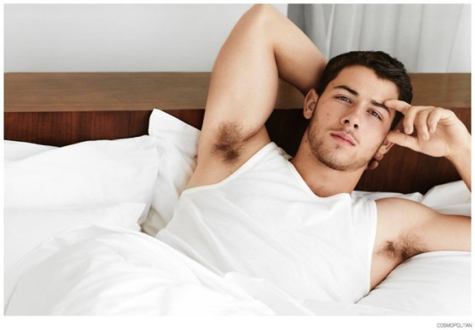 Nick-Jonas-Cosmopolitan-Photo-Shoot-005-800x557