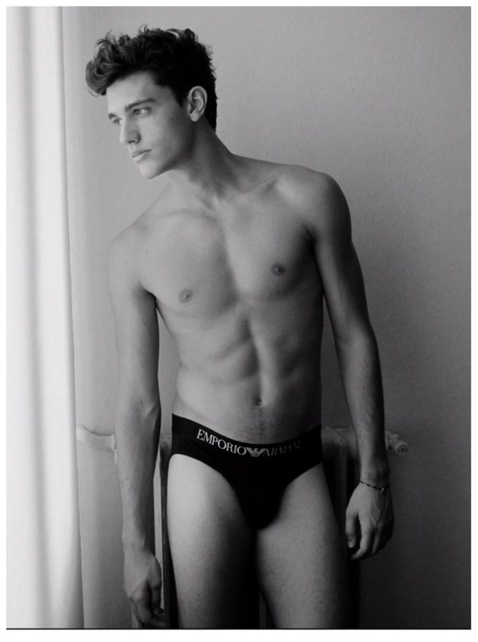 Xavier-Serrano-Shirtless-Digital-Photos-Model-006