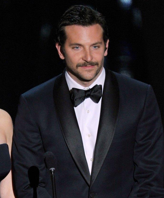 bradley-cooper-moustache