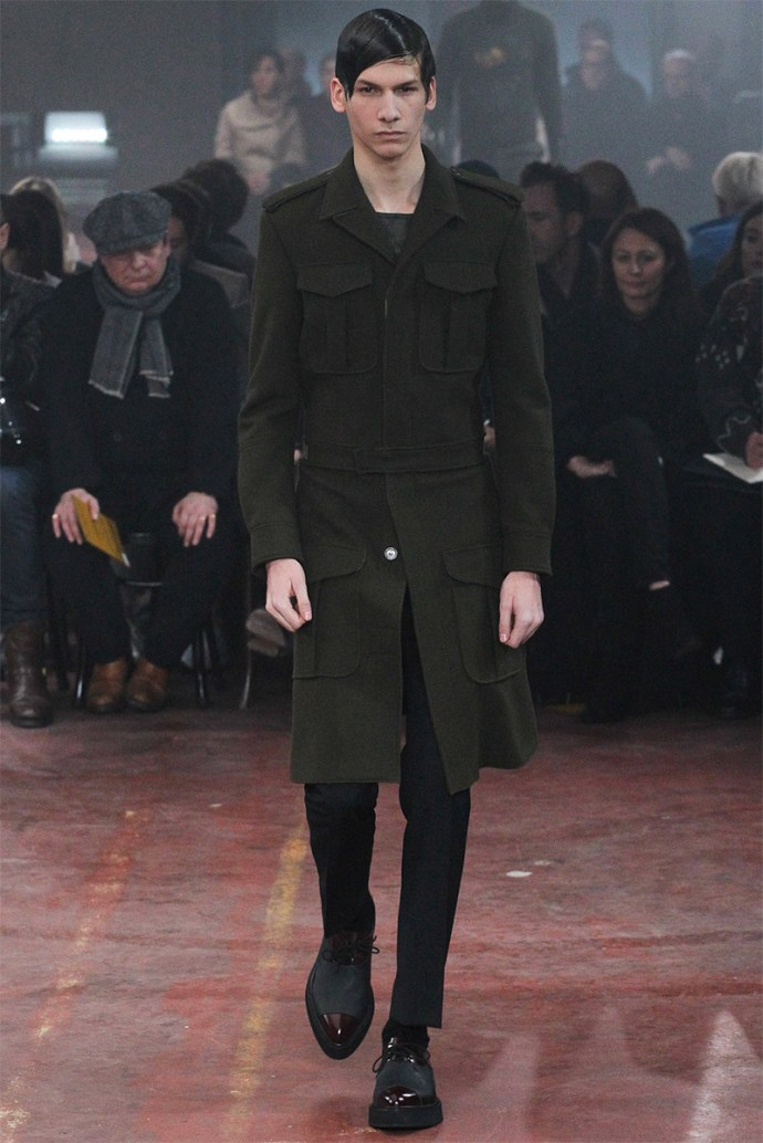 Alexander McQueen Otoño Invierno 2015 19