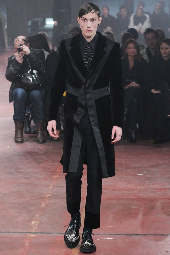 Alexander McQueen Otoño Invierno 2015 29