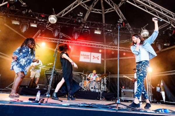 spi3009_2464_kindness_village_sonar2015_arielmartini-1