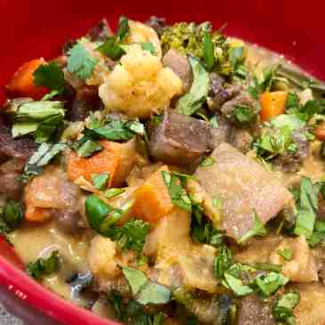 purple majesty* potato curry- vegan!